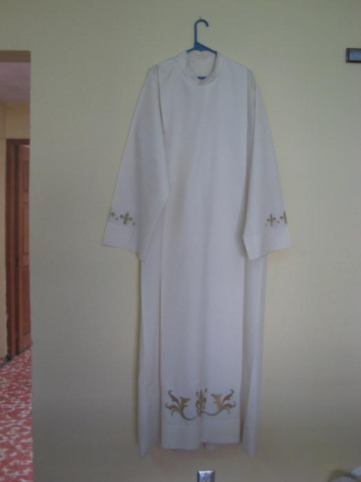 La Pascua come monja sacerdote