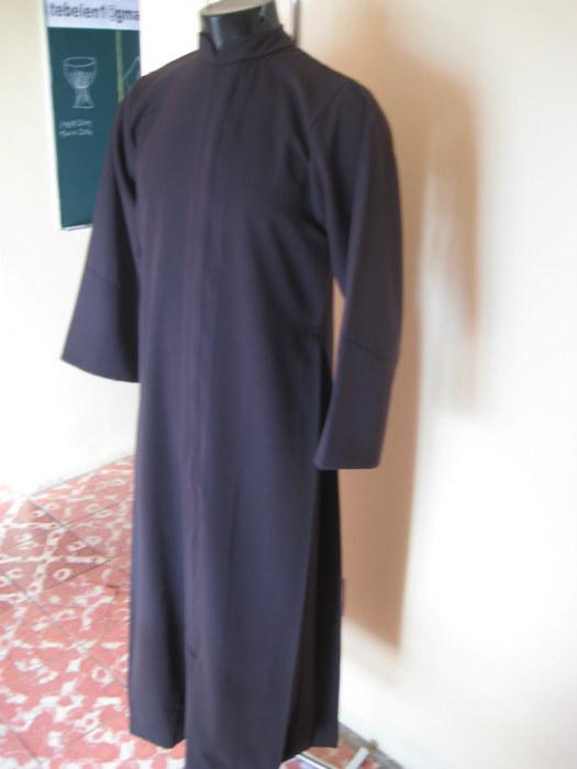 Biblia Matrimonio Y Divorcio : Talleres ecelesiasticos belen sotana productos